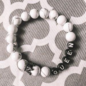 Queen marble beaded bracelet